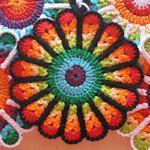 20 Pot Holders To Make: {Free Knit & Crochet Patterns}