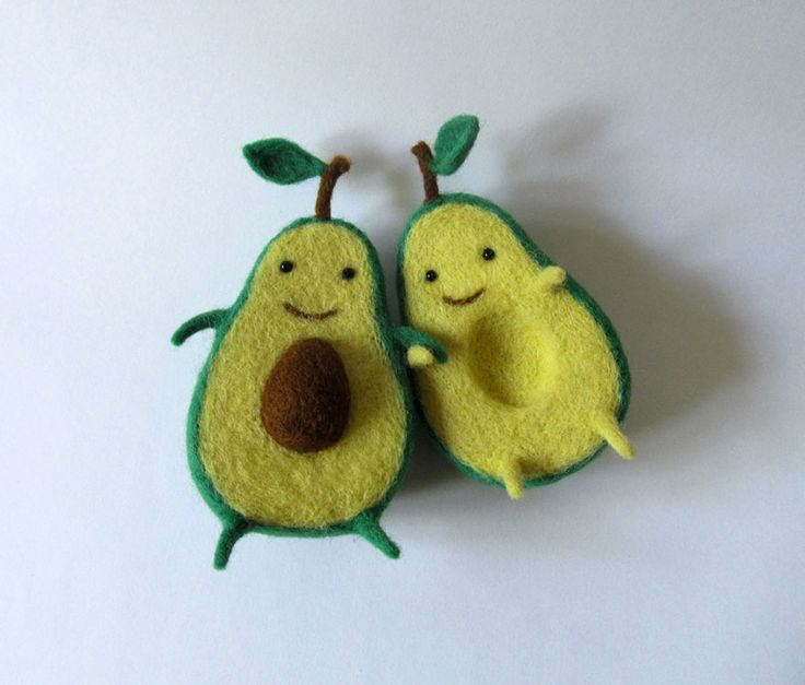 Avocado Love: Wool Sculpture By Ukrainian Artist Anna Dovgan