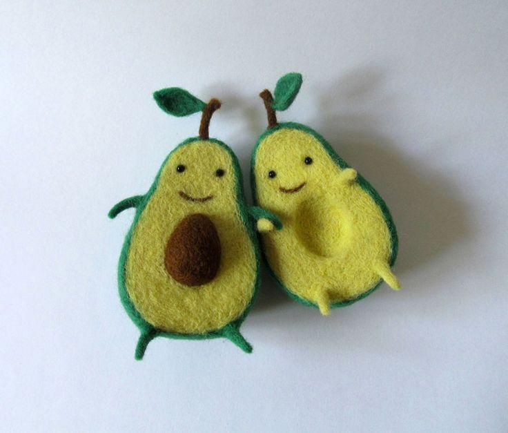 Avocado Love: Wool Sculpture By Ukrainian Artist Anna Dovgan