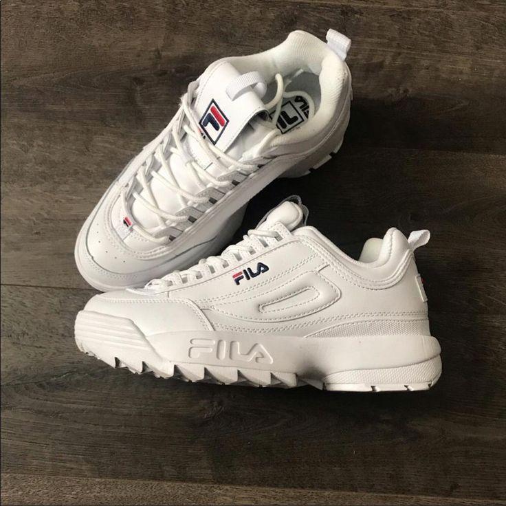 Fila Shoe Fila Shoes Womens White Disruptor 2 Fula Sneakers Sz 9 5 Color White Siz Color In 2020 Fila Shoes Womens Running Shoes For Men Women Shoes