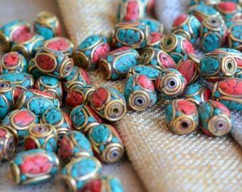 Tibet perline, perline di turchese corallo intarsio in ottone, lunga, tubo di perline, perle di Nepal, Nepal gioielli, tibetani perline, perline di barile, ...