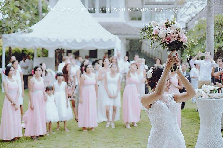 RIA-JUAN The Wedding - Ria & Juan, Hong Kong - Ferry Setiawan Wedding Planner - Villa Matahari Bali - KU DE TA, Bali - Ecosfera Hotel, Bali - Echo Beach, Bali - Santiago, Spain #erlanggaphotomotions #wedding #internationalwedding #pernikahan #bride #bridestory #photographer #riaspengantin #pernikahanjawa #weddingdress #weddings #iphone #sanggarrias #weddingbali #jakartaphotography #perkawinanjawa #weddingsemarang #aspedi #weddingphotography #mywedding #groom #pernikahantradisional…