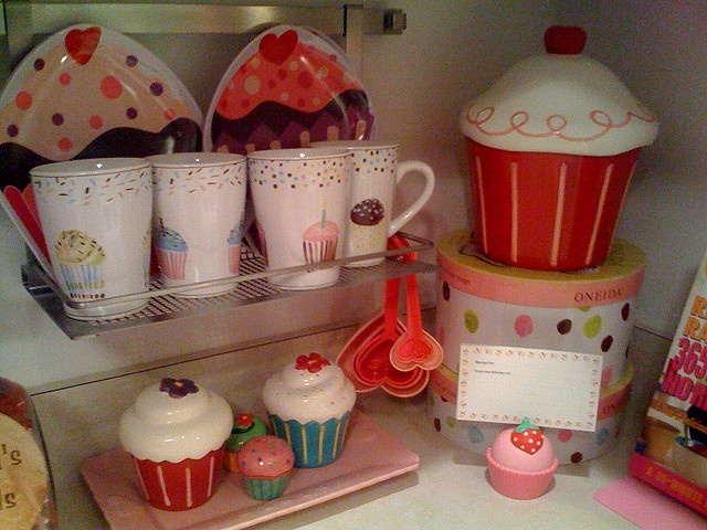Cupcake Kitchen Decor | 81 Best Cupcake Things Images On Pinterest Bakery Shops Baking