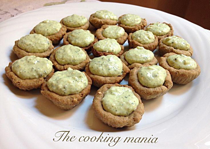 I mignon rustici con zucchine e menta sono perfetti come antipasto, per un aperitivo con gli amici e per arricchire un buffet.