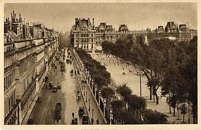 Paris rue de Rivoli les Tuileries et le Louvre