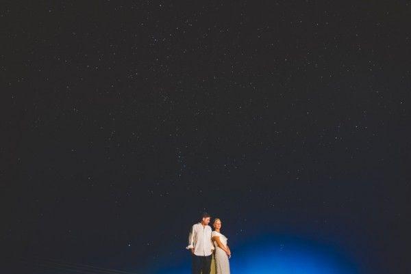 Sunset wedding in Santorini | Image by Sam Hurd | Stella And Moscha Exclusive Greek Island Weddings #weddingportrait #santoriniphotographer #santoriniwedding #santoriniflorist #stellaandmoscha #santoriniweddingplanner