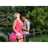 Si sa che al parco si possono fare incontri particolari e può succedere che Sonia Rey si imbatta in qualcuno di sesso maschile