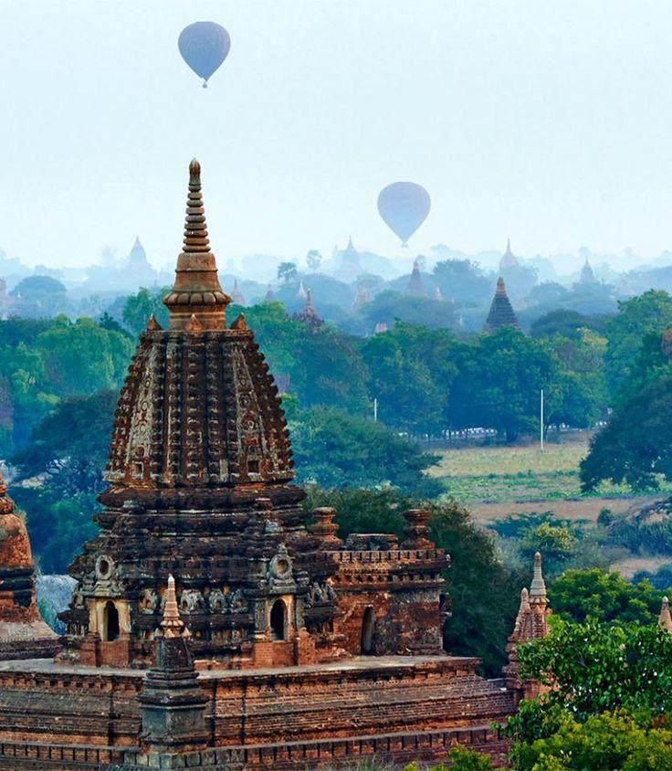 Birmanie Un voyage à la découverte de la Birmanie, bercée par une culture fascinante, par des monuments sacrés qui regorgent de vie, qui se termine par un séjour balnéaire à la plage de Ngapali. Tout n'est qu'enchantement et dépaysement