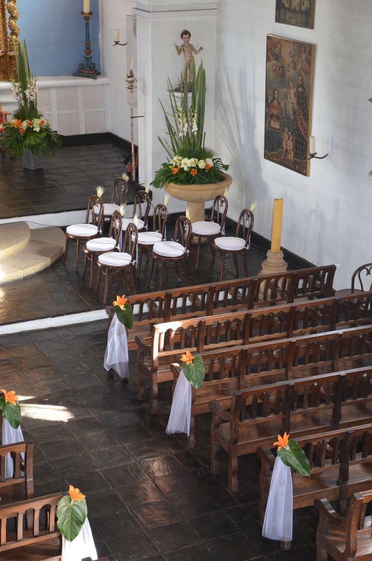 Decoraci n bancas iglesia primera comunion newman 2014 pinterest - Fotografias para decoracion ...