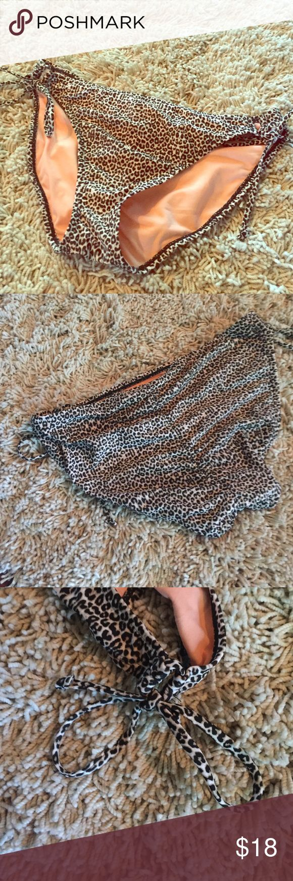 Hot Water side tie animal print bikini bottom XL Hot Water animal print extra large side tie bikini bottom moderate coverage. Never worn NWOT - for some reason I pulled them off when I got them thinking was keeping them but the top is to big for me. hot water Swim Bikinis
