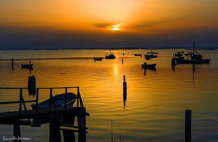 Tramonto sul Delta del Po | Sunset on the Delta Po, Emilia-Romagna, Italy | #VearHausing for your vacation in Lidi Ferraresi www.vear.it