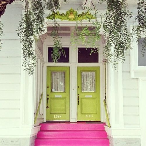 : Colors Combos, Green Doors, The Doors, Green Front Doors, Curb Appeal, Pink Step, House, Limes, Doors Colors