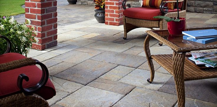 Lafitt Patio Slab | Pavers Made Possible | Elegant collection of pavers, retaining walls, patio stones