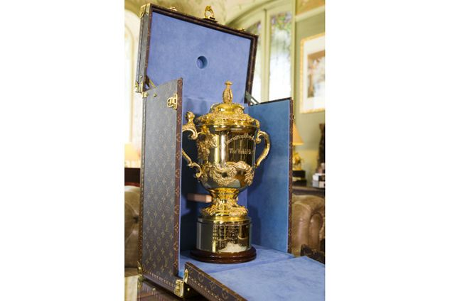 Louis Vuitton cria baú especial para Copa do Mundo de Rugby