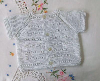 JERSEY DE PRIMERA POSTURA DE HILO BLANCO Material Hilo de algodón nº 8 color blanco puesto doble. Agujas de punto del nº 2,5 ...