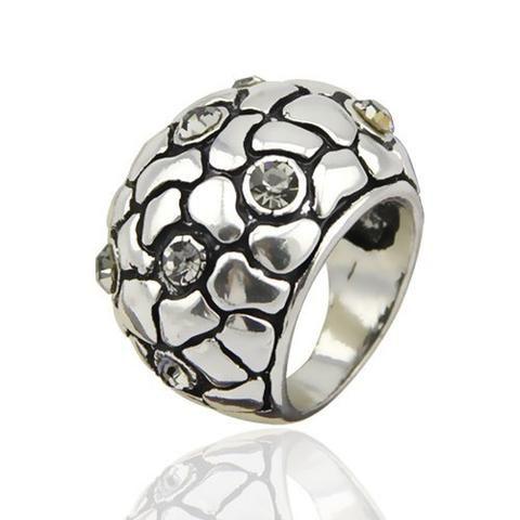 Fashion Ring - Xanthe Punk-Style Unisex Ring With Rhinestones