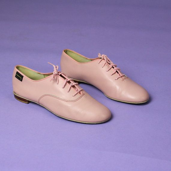 Pastel Pink Ballet Flats / Oxfords  Size 7 by aglassjar on Etsy