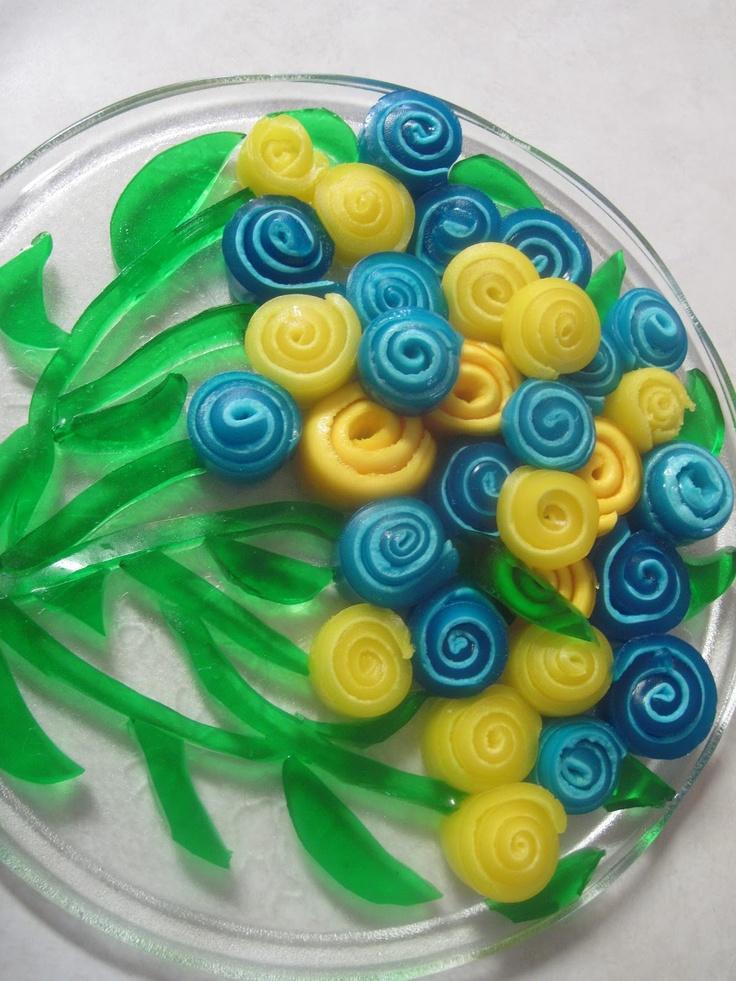 The Better Baker: Jello Pinwheel Flowers