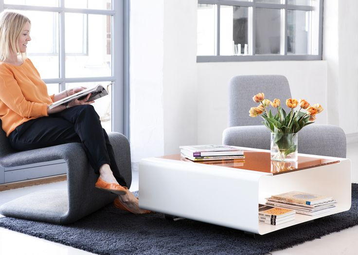 Hover - Coffee table available in different colours.