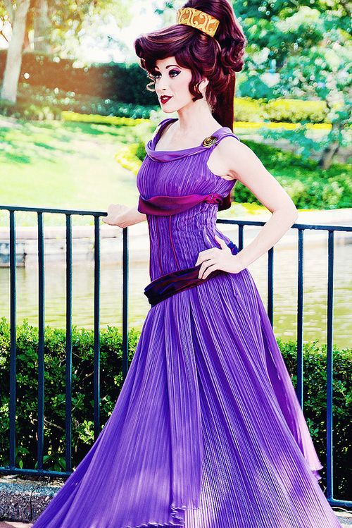Megara...um...next cosplay?? I think I need this to happen to me! @Kendra Henseler Hutcheson @Hannah Mestel Isbell