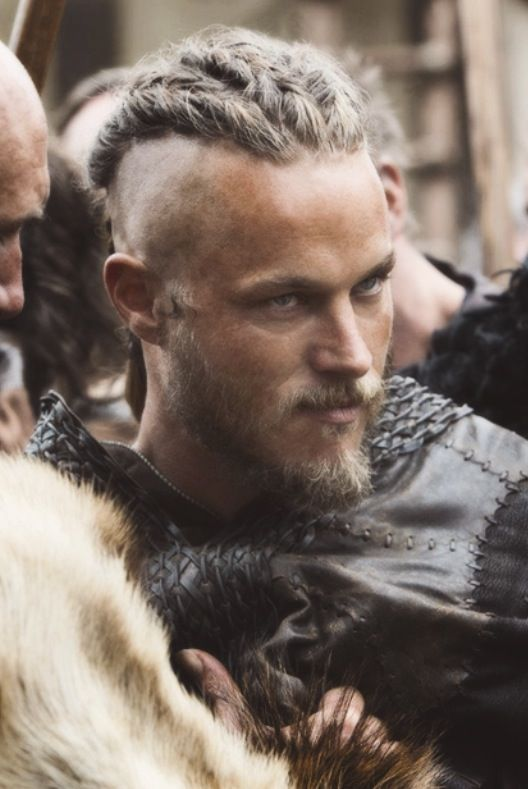 43 best travis fimmel images on pinterest - Coiffure viking homme ...
