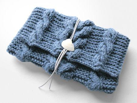 ニットクラッチバッグ-Debu(L)-OBL - Beyond the reef 一つ一つ丁寧に編み上げるハンドメイドのクラッチバッグ
