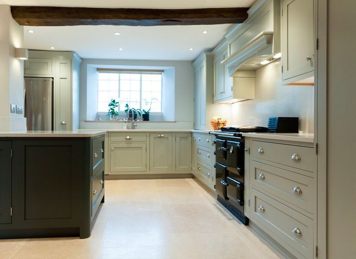 Bespoke Kitchens Kitchen Manufacturers Uk Handmade In Solid Wood Bespoke Kitchen Cabinets Shaker Style Kitchens Bespoke Kitchens