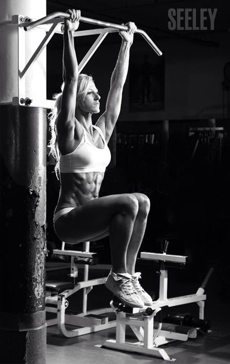 #AbsWork hanging knee raises