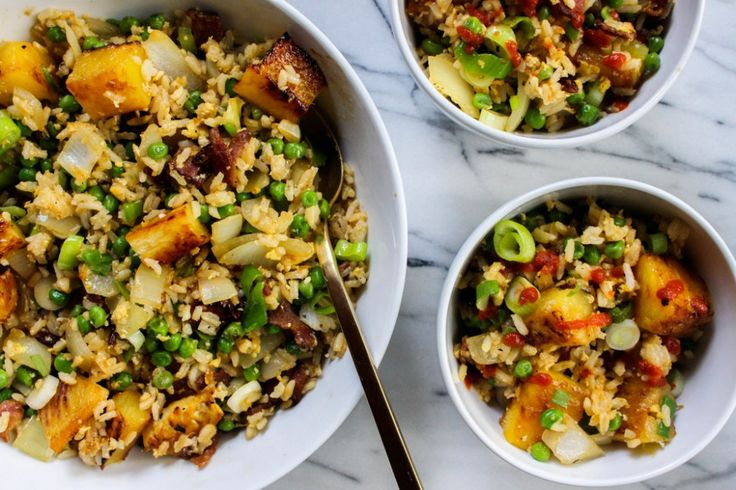 #pinapple Grilled Pineapple Bacon Fried Rice | The Fruit Company® Blog #recipe