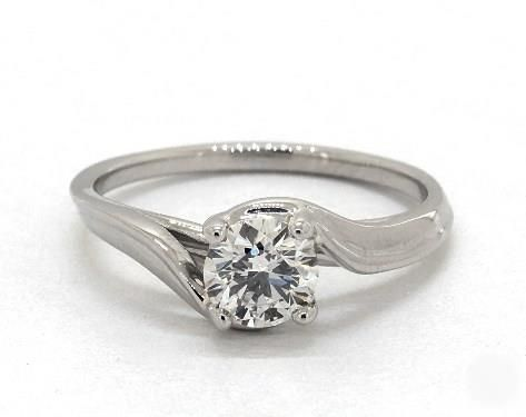.7ct Round Solitaire Engagement Ring in Platinum - See it in 360 HD SuperZoom!