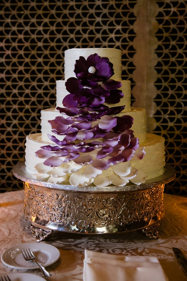 wedding cakes los angeles prices%0A Elegant Lavender Wedding at The Society Room