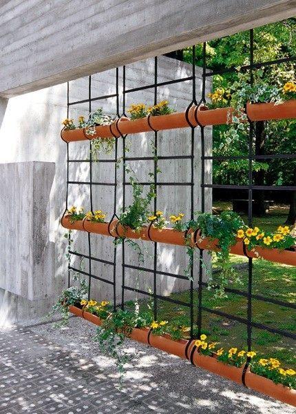 Jardn colgante de macetas jardines pequenos pinterest - Macetas para jardin vertical ...