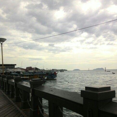 #sabah #malaysia #ilovebeach #solotraveler #travel #beachgirl #beach