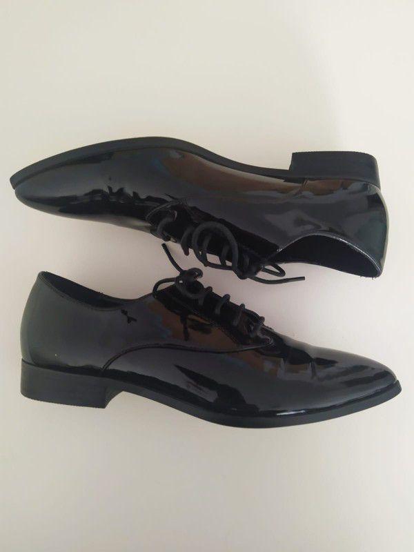 Polbuty Next R 38 5 Lakierowane Eleganckie Buty Next Damskie Buty Z Czubkiem Next Z Mojej Szafy Rozmiar 38 5 Za 50 00 Zl Zobacz Ht Sport Shoes Shoes Fashion