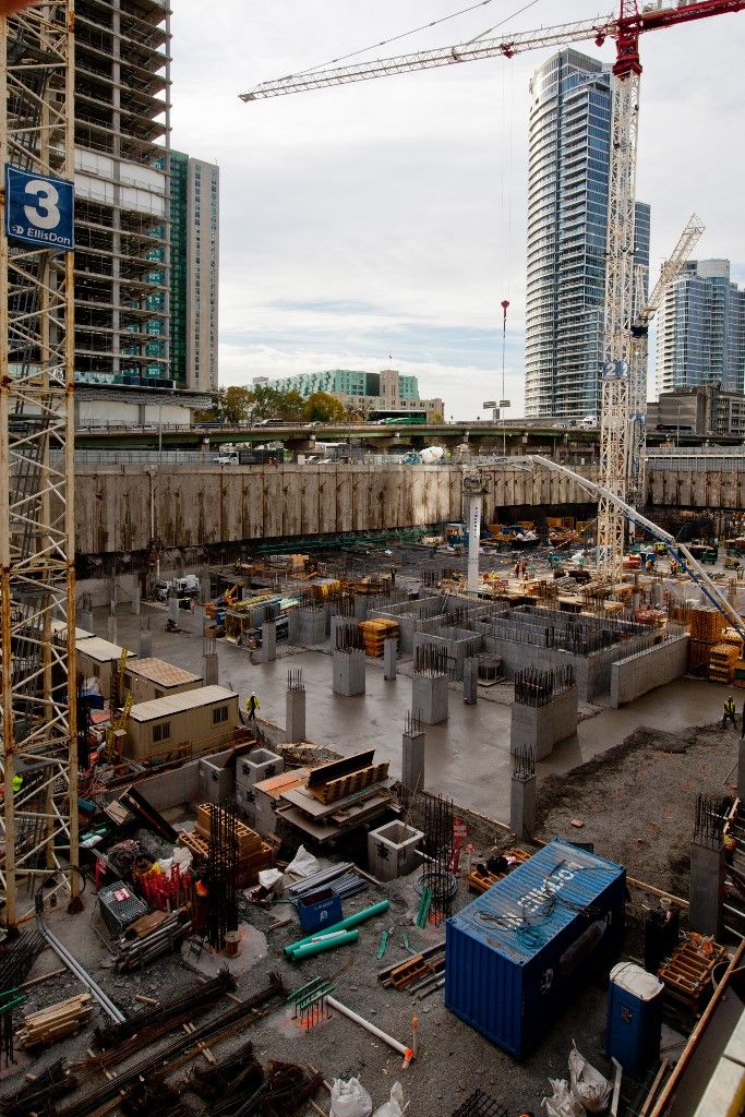 Harbour Plaza Construction Update - November 15, 2013 (Toronto)