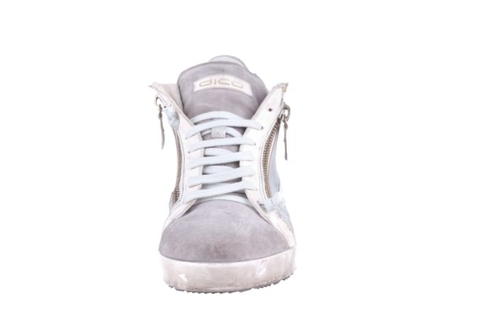 SNEAKER IN WASHED WHITE/SILVER LEATHER #shoesofthemonth #ss2014 #sneakers