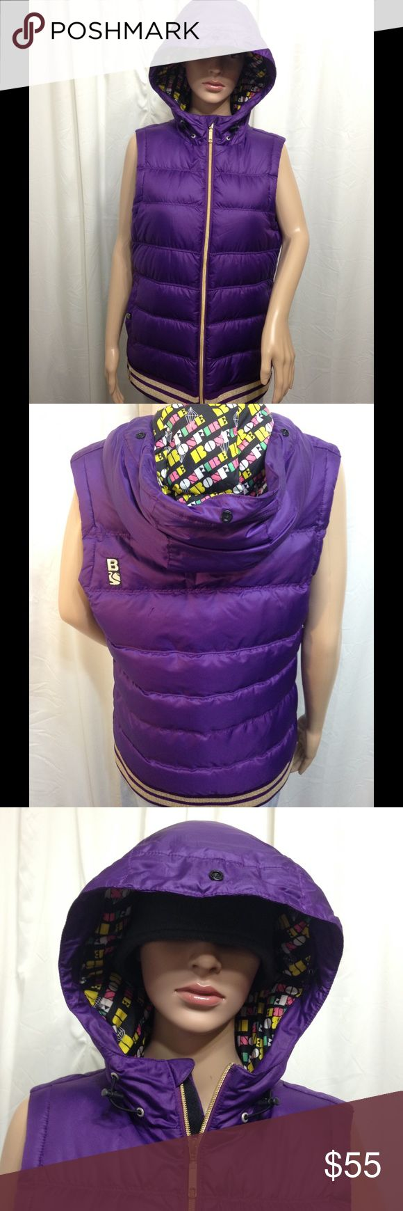 BONFIRE Snowboarding Co. hooded down winter vest L Women's L . Clean . No issues .  Jew HD pics for details . Bonfire Snowboarding Co. Jackets & Coats Vests