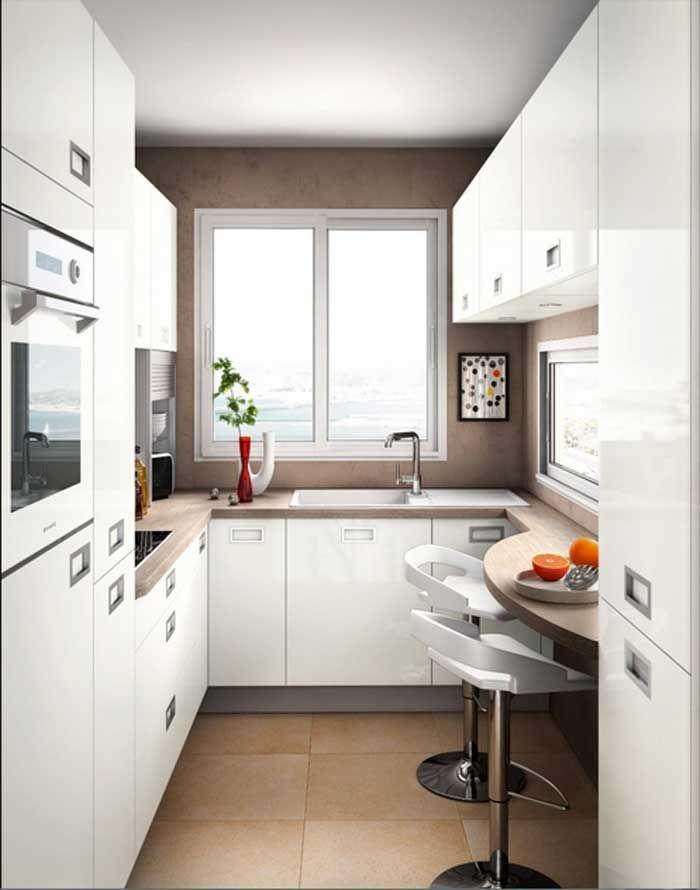 Kleine Kuche U Form In Weiss Hochglanz Lackiert Inklusive Esstheke Fur Moderne Kleine Kuchen Ideen Kuche U Kitchen Design Small Small Kitchen Kitchen Interior
