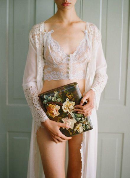 Preciosa lencería de boda de Claire Pettitbone Modelo 9 waverly