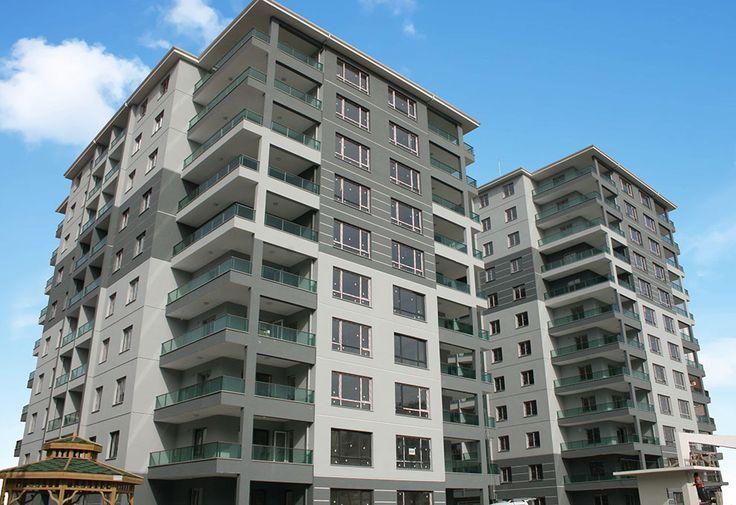 Özçetinkaya İnşaat'ın Etimesgut'ta inşa ettiği 2 Blok 85 daireden oluşan Park Mira Evleri 2'de kapı pencere üretim ve montajı devam ediyor.