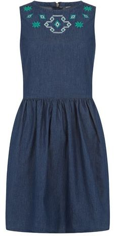 This jean dress is so classy and cute—perfect for dinner or a date. Plus, the pop of color at the top adds a splash of fun.