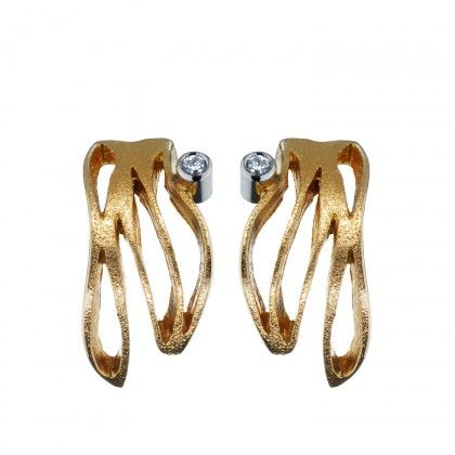 Diamond Flow Earrings 2x0,02 / Design Pekka Hirvonen / Gold Earrings / Lapponia Jewelry / Handmade in Helsink