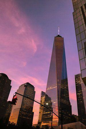 NYの新観光地として周辺にいろんなお店が建っている。ニューヨークのグラウンドゼロ