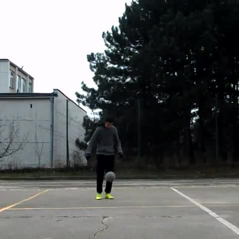 For more Freestyle Football videos you can check my YouTube channel: https://www.youtube.com/user/alex4o00o and my Vine channel: https://vine.co/u/1157283089157066752