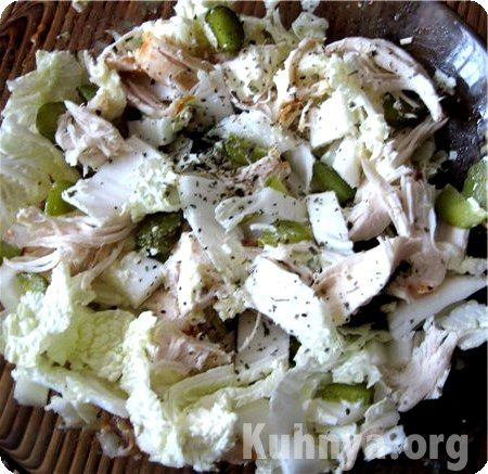 Салат из колбасы сыра и грибов