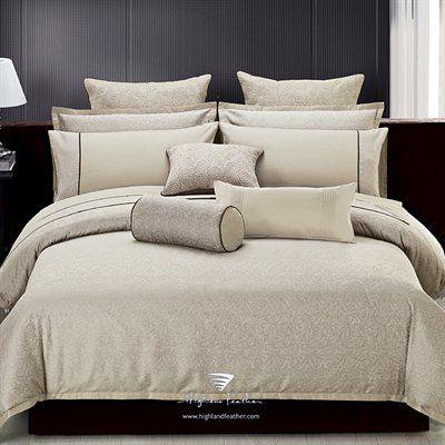 Highland Feather K9-1 Modern Leaves Jacquard Pillow Sham