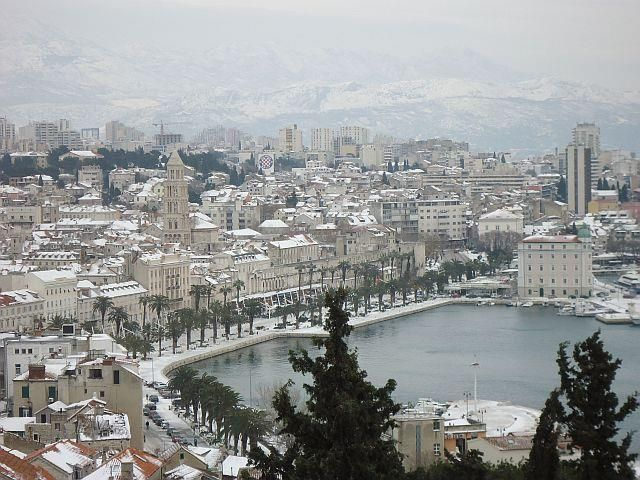 Split under the snow, 03.02.2012