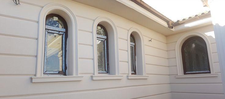 Ancadramente cu arcada si panou decorativ CoArtCo pentru fatada casei