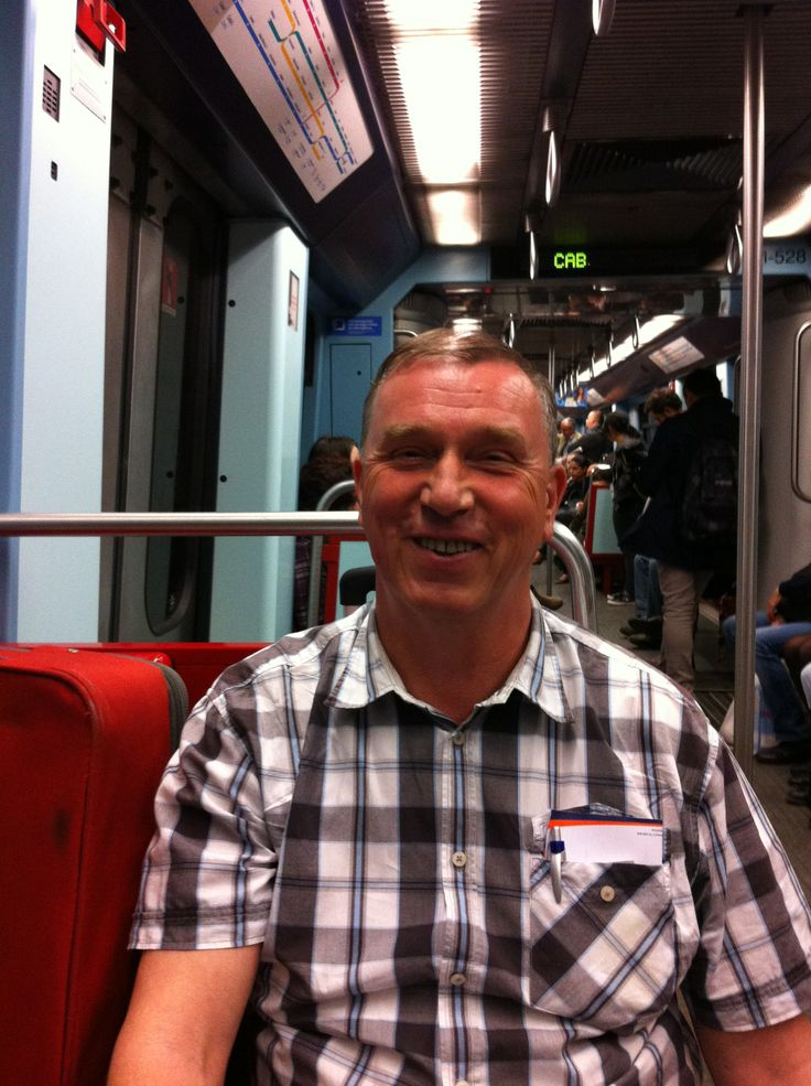 22.05.2014 in the subway from Lissabon airport to our hotel/ in der U-Bahn auf dem Weg zu unserem Hotel in Lissabon