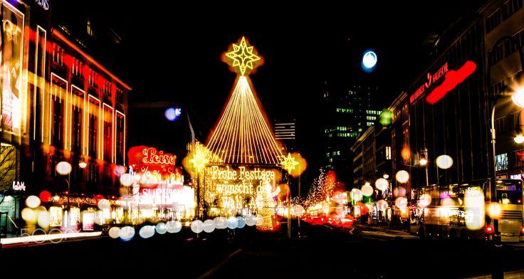Robert Emmerich - 19 OoF Merry Christmas from the Kurfuerstendamm in Berlin - Germany - #NLE #night #lights #night #longexposure #Schloss #Charlottenburg #CharlottenburgPalace #Palace #SchlossCharlottenburg #Berlin #Germany #Canon #EOS #dslr #40D #Photoshop #photography #Weihnachtsmarkt #xmas #Weihnachten #Christmas #Market #ChristmasMarket #cityscapephotography #Photoshop #berlinerfotografen #EuropeanPhotography #photomaniagermany #HDR #hdrphotography #hdrphotographers #hdrtheworld…